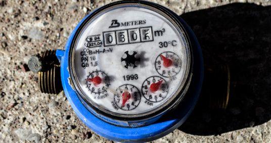 Kuldīgā turpinās ūdens patēriņa skaitītāju pārbaudes